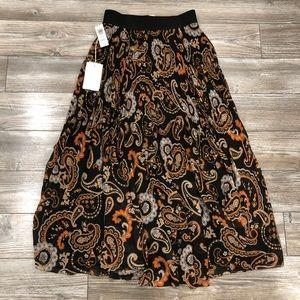 NWT Wilfred Terre Skirt